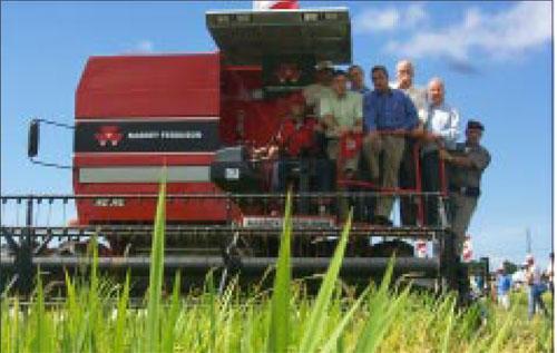 Santa Vitória abre a colheita em 2004
