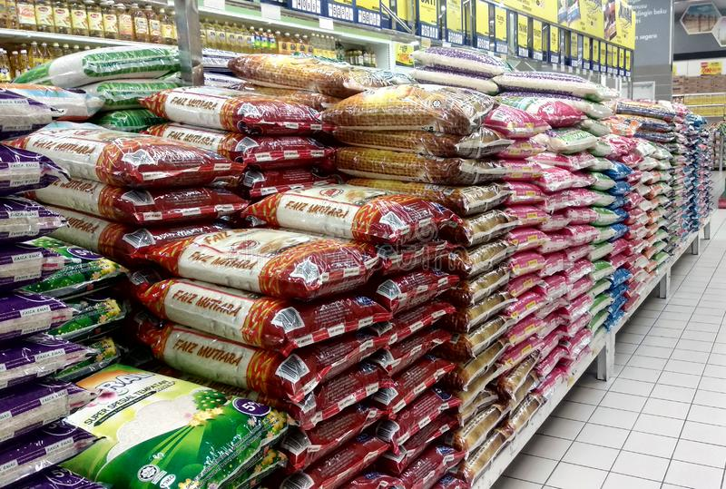 Supermercados apontam queda nos preços do arroz, batata e cebola